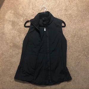 Lululemon run for cold vest size 8